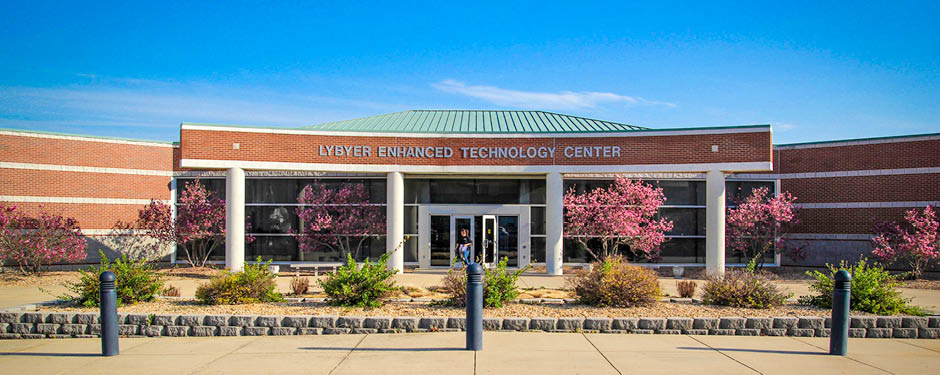 The Lybyer Enhanced Technology Center houses a 60-station open computer lab for students to use.