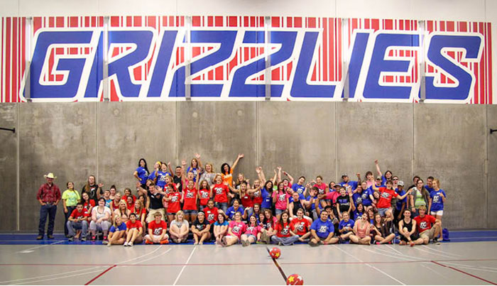 A group photo at the Welcome Week dodge ball match.